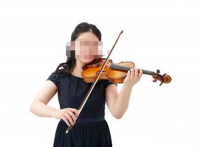 バイオリン奏者の宣材写真